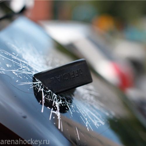 Шайба наклейка на стекло автомобиля